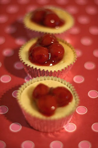 DIY Super Easy Mini  Cherry Cheesecake Recipe
