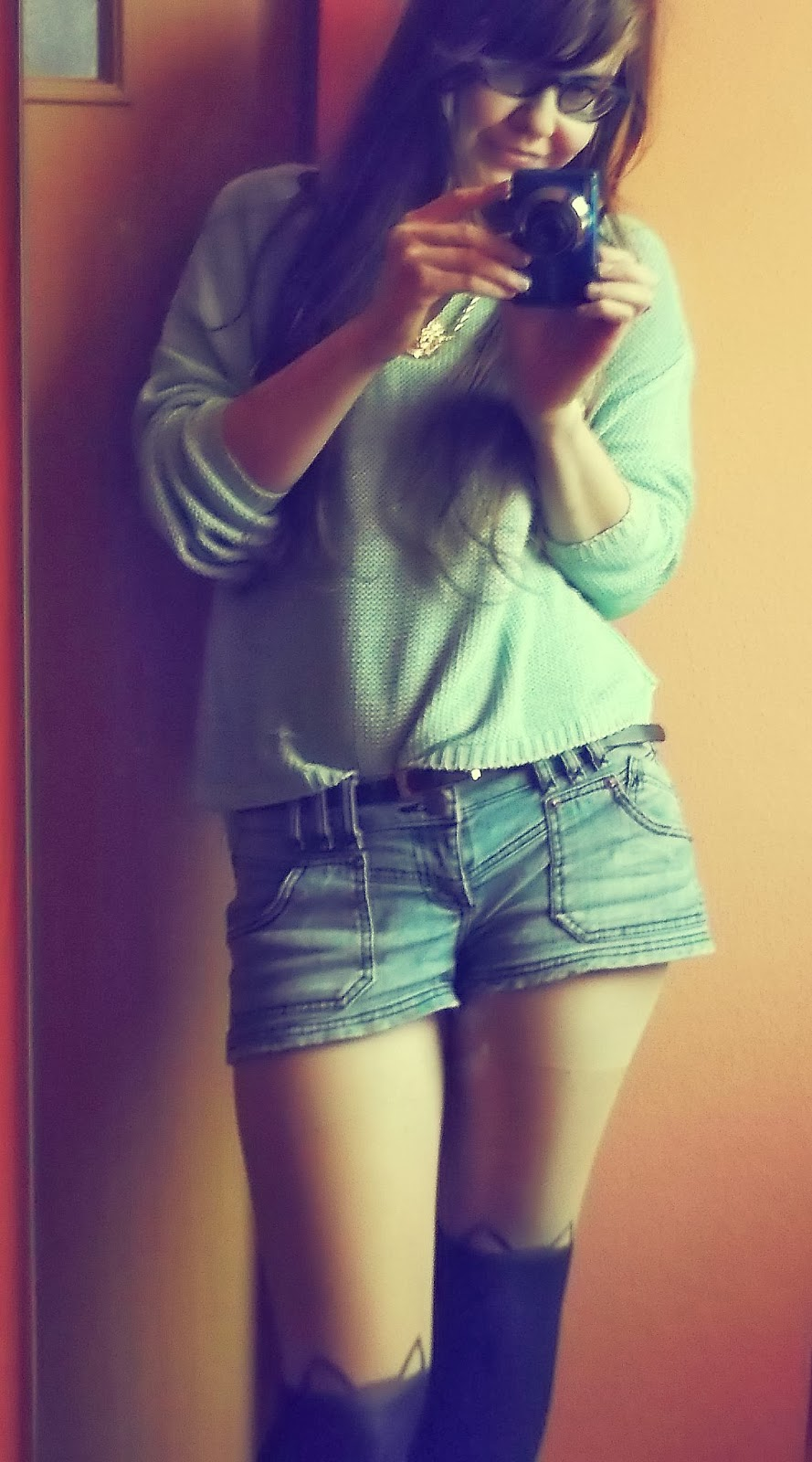 OOTD: miętowy sweter+szorty