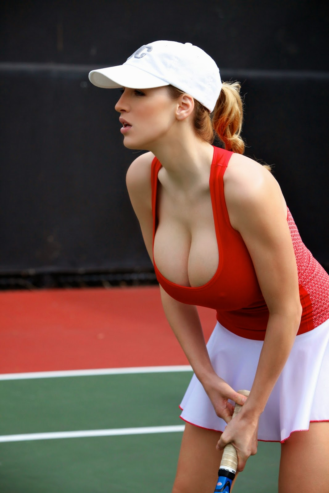 Big tits playing tennis