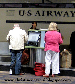 USAirways+check+in+counter.jpg