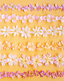 a99938 spr03 flowergarland l Decorative Garlands
