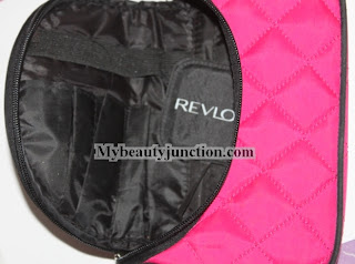 How to pack your makeup and brushes while travelling and tips to choose the best cosmetics bag