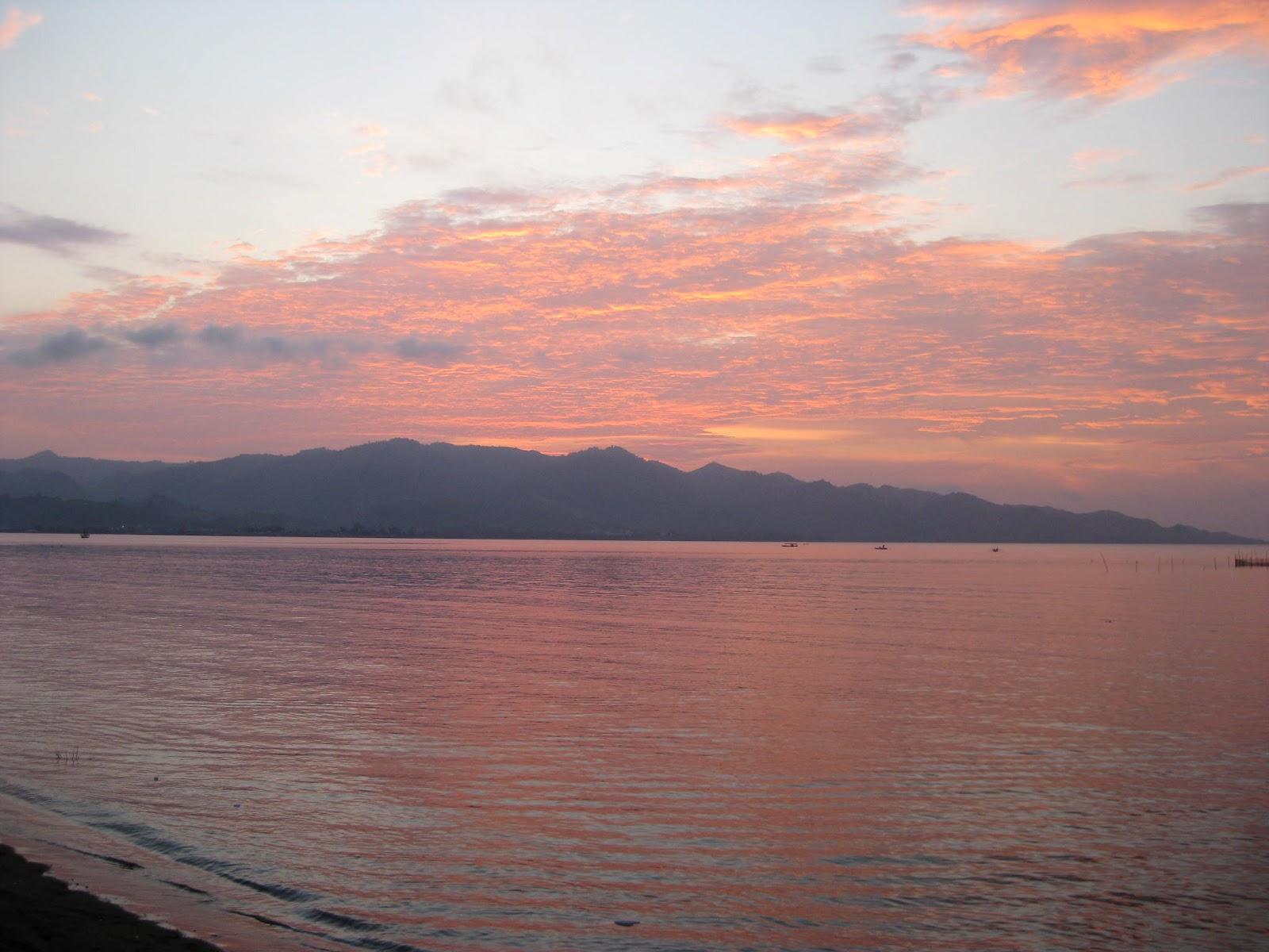 pantai manakarra mamuju sulawesi barat