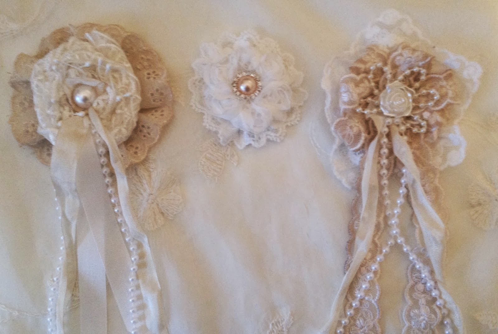 annes papercreations shabby chic lace flower tutorial woc design team project. Black Bedroom Furniture Sets. Home Design Ideas