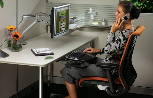 Ergonomic Desk Space