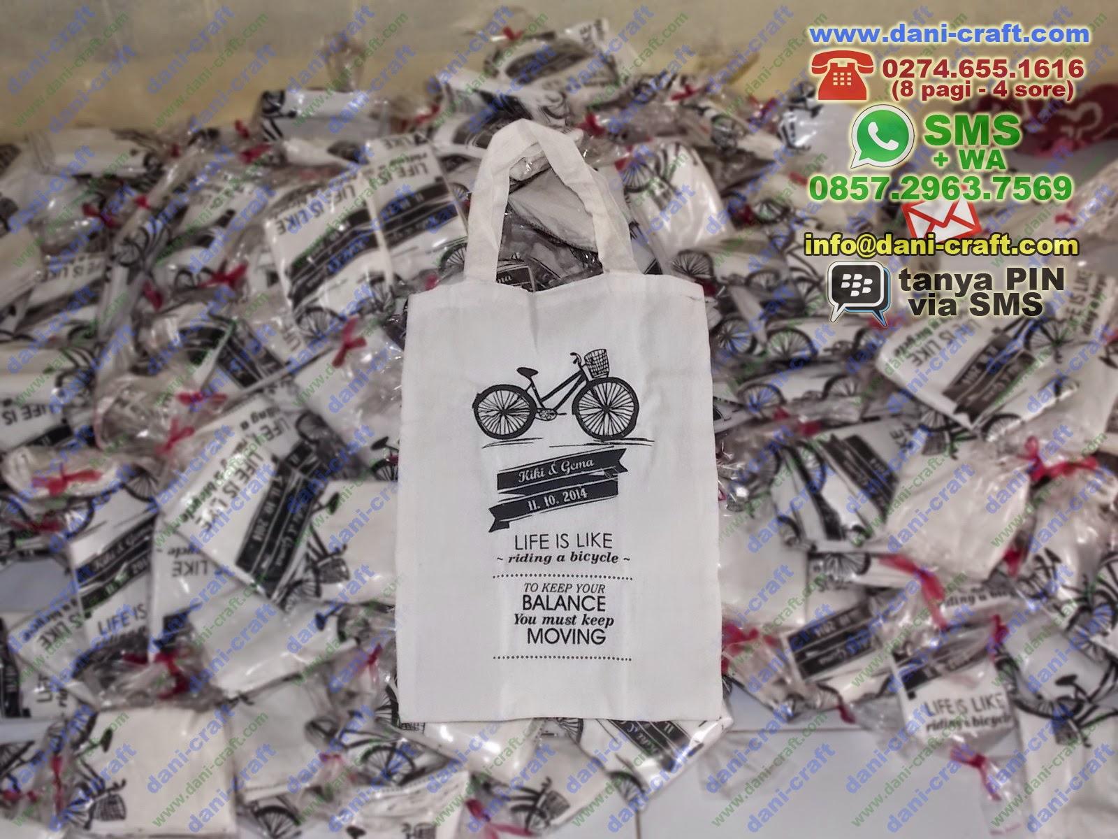 souvenir tas blacu penggemar sepeda