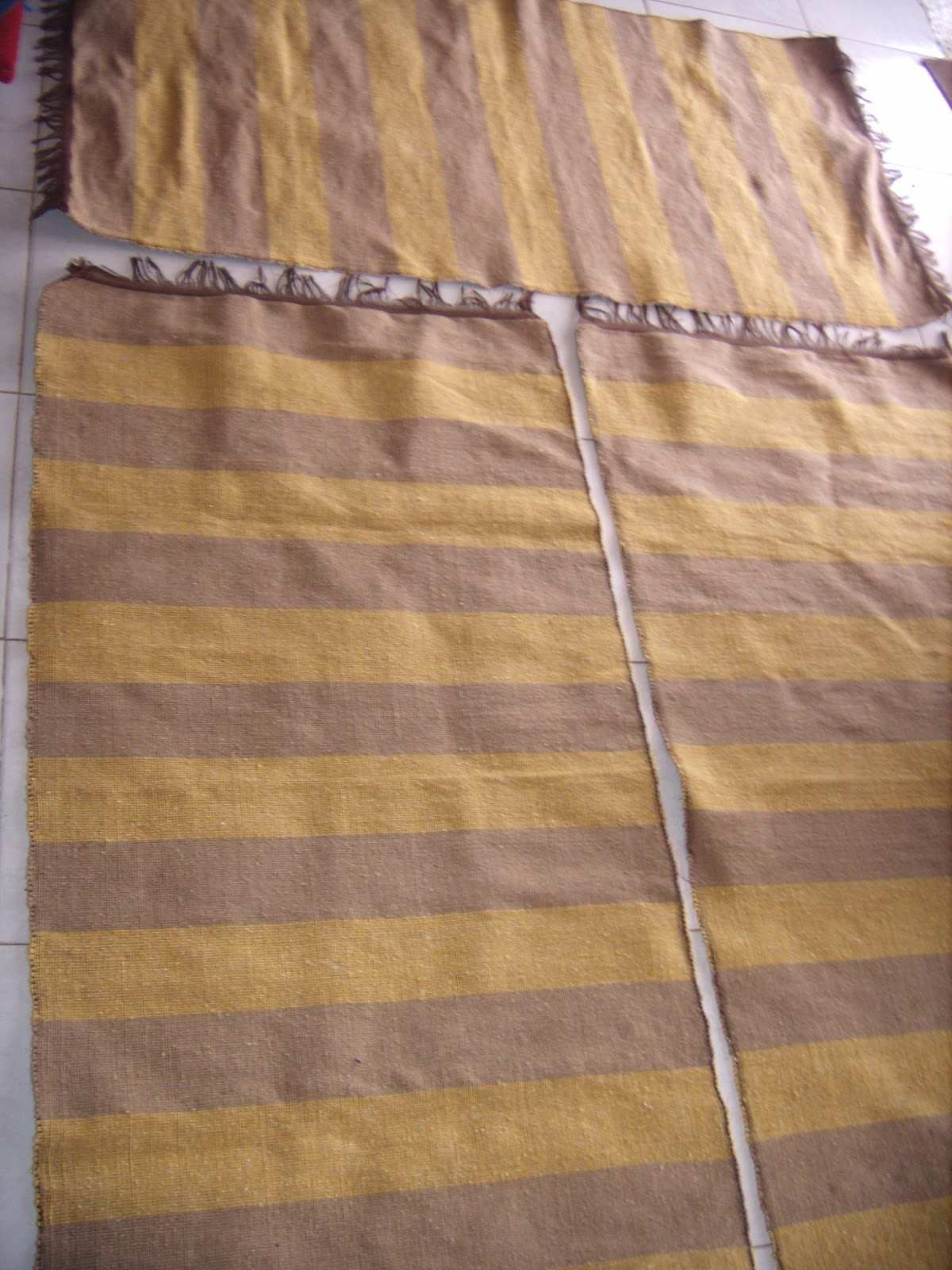 merycarpet descentes de lit tissu a la main couleur. Black Bedroom Furniture Sets. Home Design Ideas