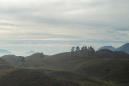 Pendakian Gunung Prahu Jalur Kenjuran Sukorejo Kendal