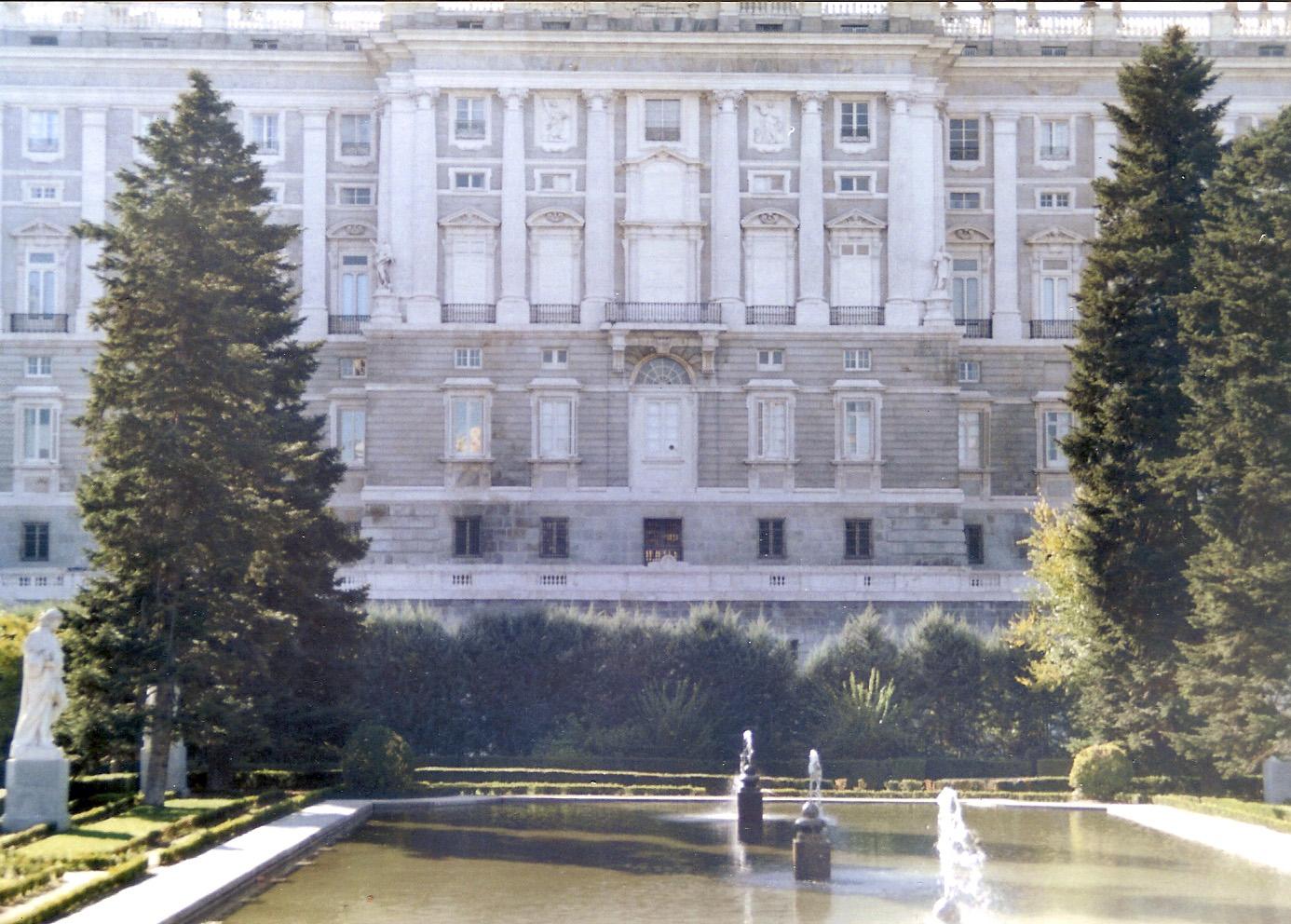Fotografias propias jardines del palacio real de madrid - Jardines palacio real madrid ...