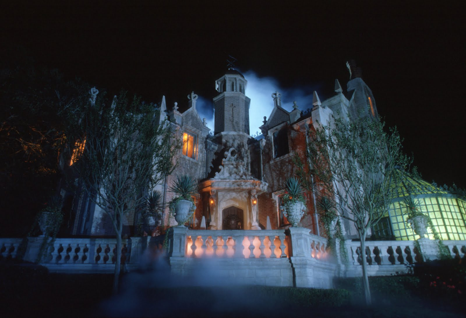 Disney World Haunted Mansion Ride