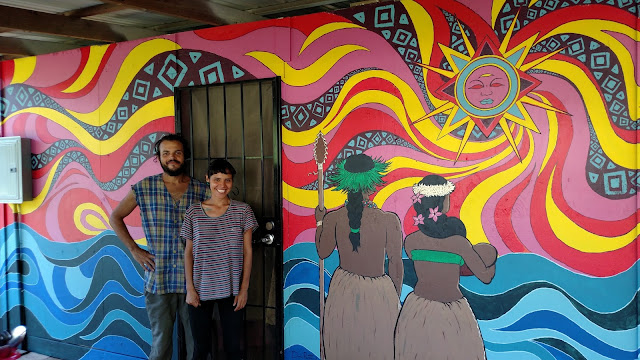 Hawaiian mural by artists Daniel Ramirez and Sarahi Ortiz