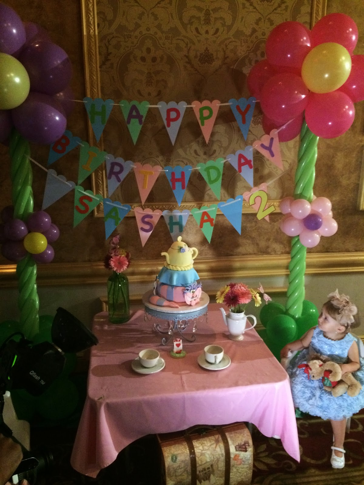 Dreamark events blog alice in wonderland theme tea party - Alice in wonderland outdoor decorations ...