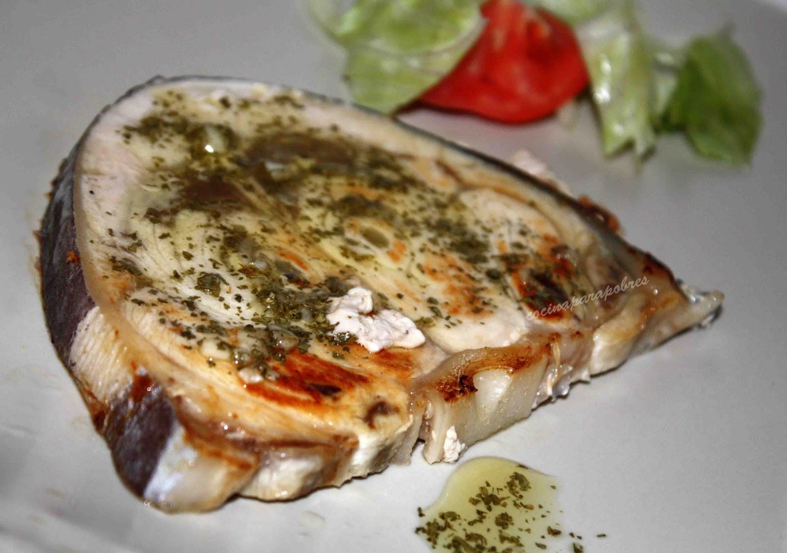 Cocina para pobres pez espada con salsa verde for Pez espada en salsa de almendras