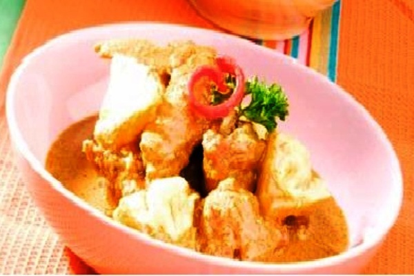 Coriander Seasoning Chicken. Nusantara Culinary