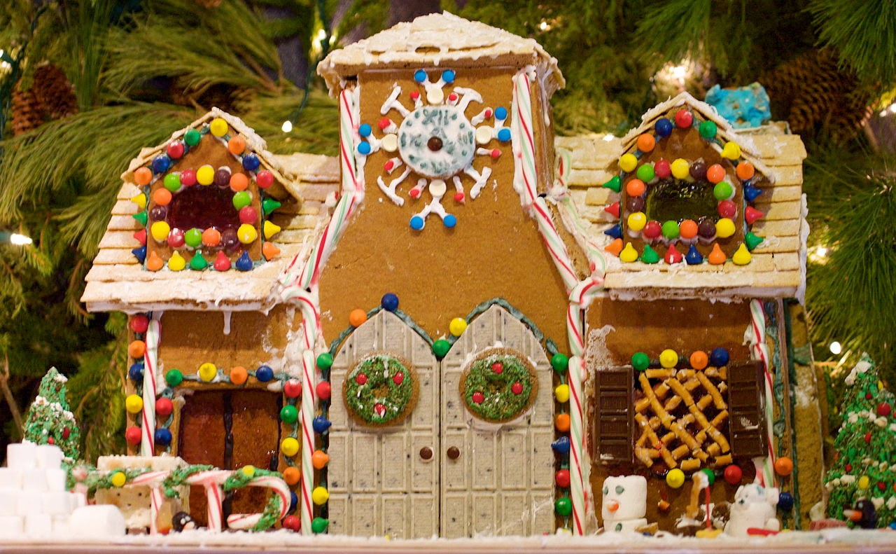http://en.wikipedia.org/wiki/Gingerbread_house
