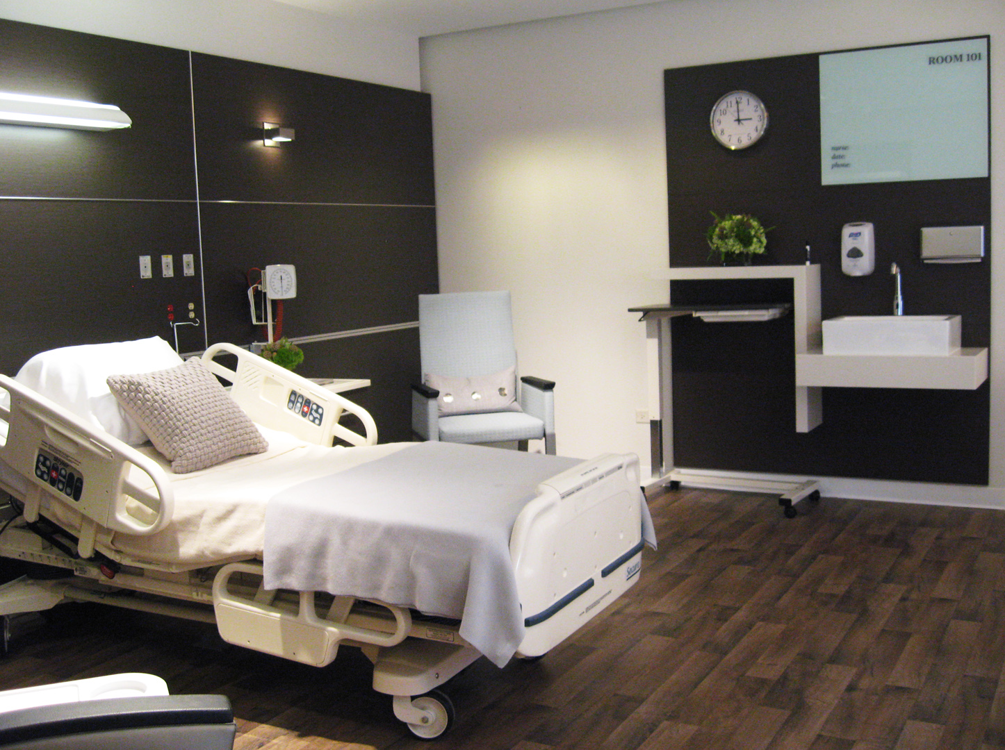 Design4aging innovative patient room design Room builder