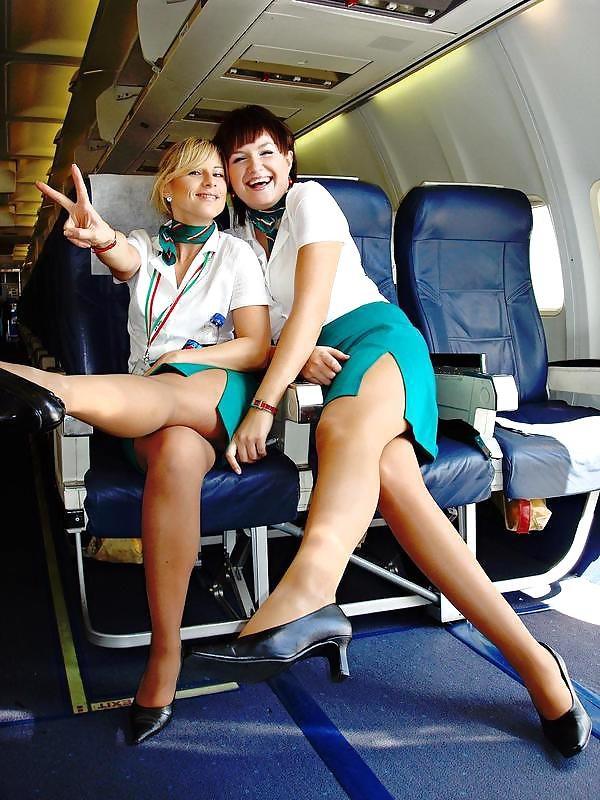 Лесбиянки в самолете ебутся 55