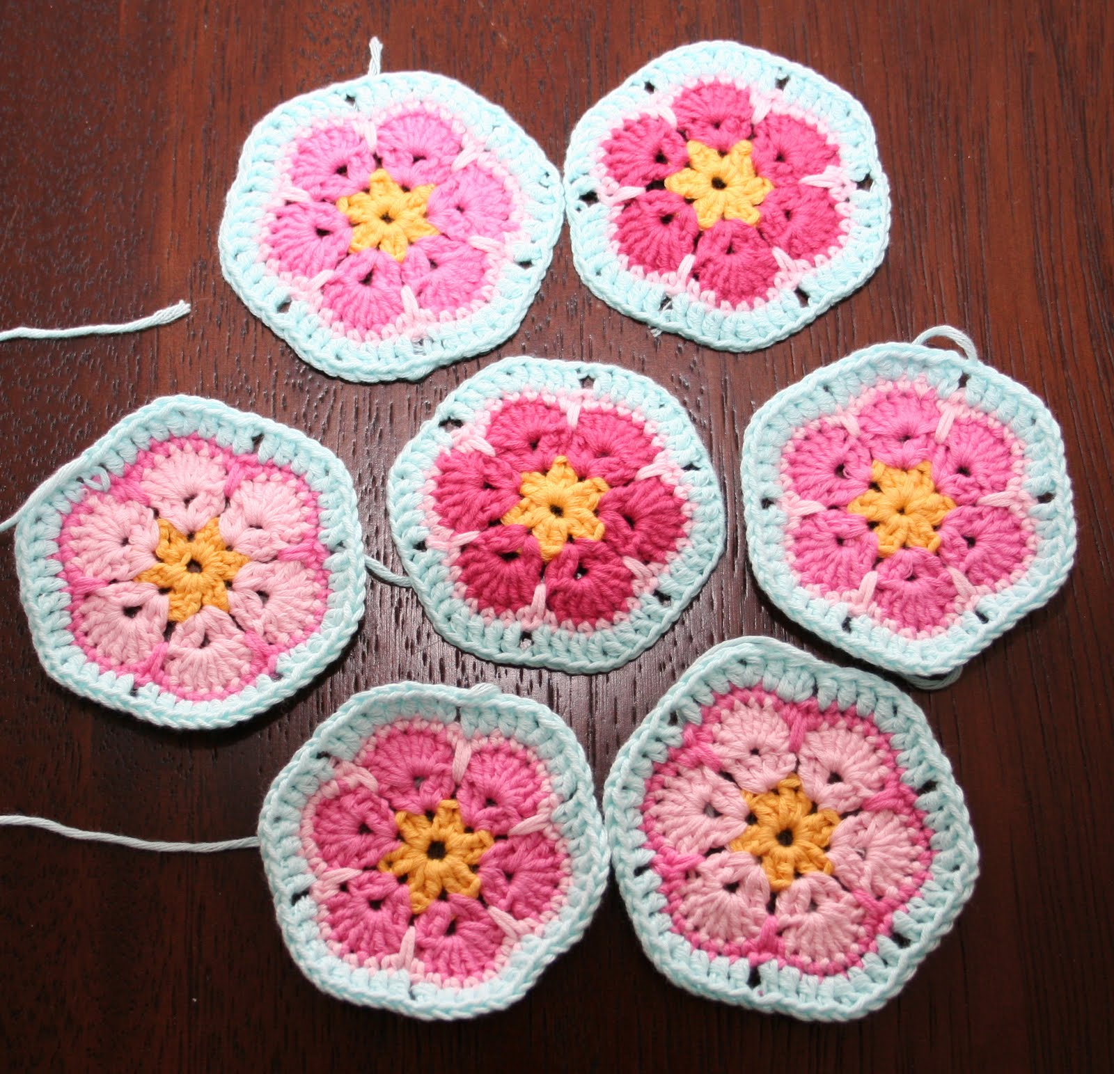 Crochet African Flower Pattern Free : AFRICAN CROCHET PATTERNS Free Patterns
