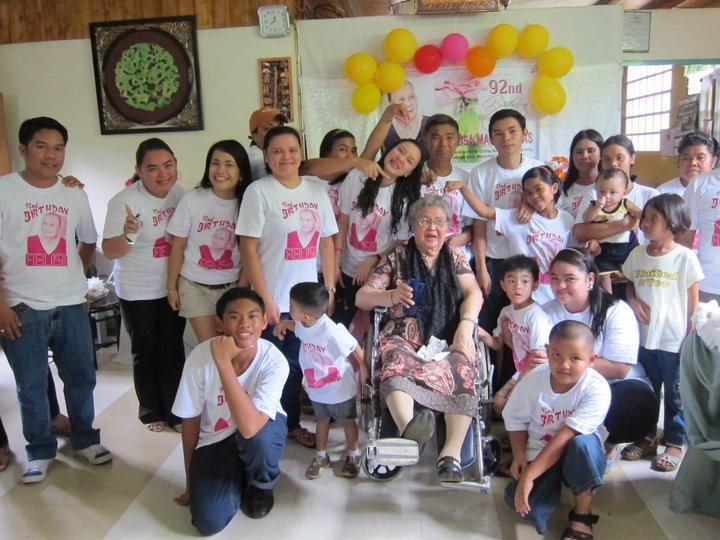 artist, birthday, C2, facebook, fan, prize, singer, sitti, navaro, year, 2011, solo, autograph, bukidnon, grandchildren, birthday