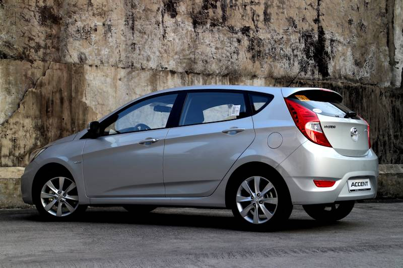 Review 2013 Hyundai Accent CRD AT Philippine Car News