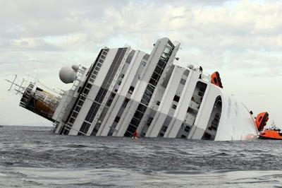 Pics: Luxury Costa Concordia cruise ship sinks in sea at Giglio island,Italy