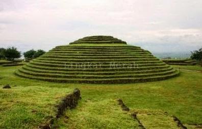 Piramida Melingkar