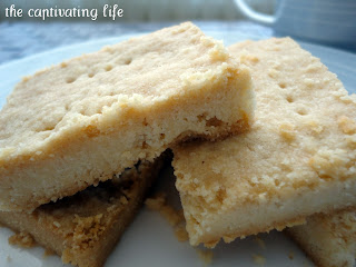 the captivating life easy shortbread cookies