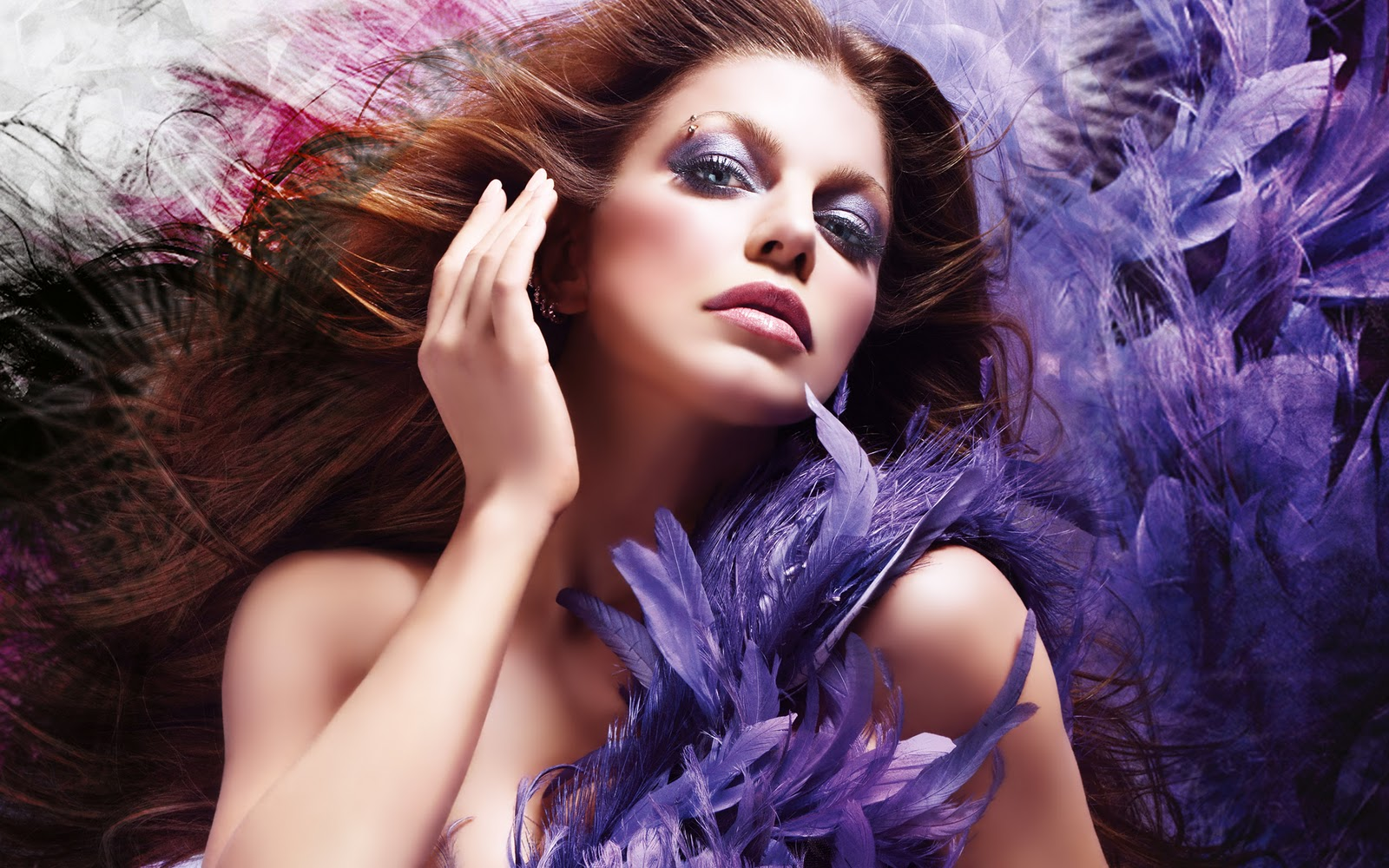http://4.bp.blogspot.com/-XEXOsVXkl-0/TouzjkUzNmI/AAAAAAAARRE/5K_n6CYdMZI/s1600/Fergie_05.jpg