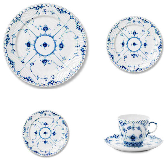 I would LOVE to have a set of Royal Danish. The blue and white transferware that I have is by Spode.  sc 1 st  Collar City Brownstone & Royal Danish - Royal Copenhagen Blue u0026 White Transferware - Collar ...