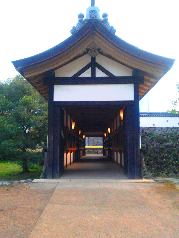by lantern light, a peek into old Japan