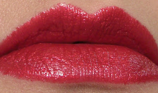 milani lip flash hot flash swatch