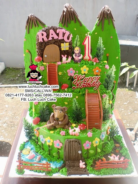 Kue Tart Masha and The Bear Tingkat Daerah Surabaya - Sidoarjo
