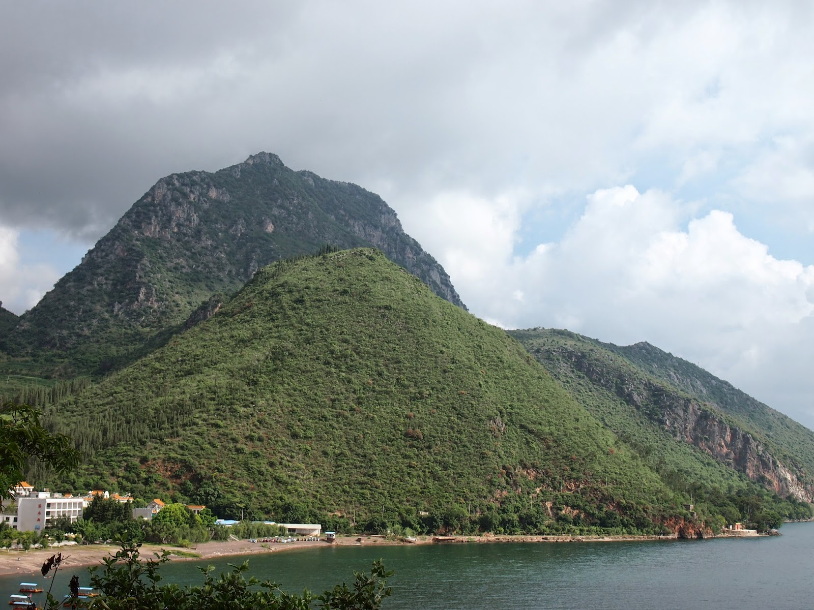 A mountain that looks like a boob with a nipple in Fu Xian Lake