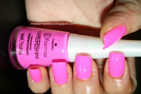 Swatch: Flormar Supershine Shine And Hot Nailpolish - Neon Pink Nr. 32 - Madame Keke Fashion & Beauty Blog
