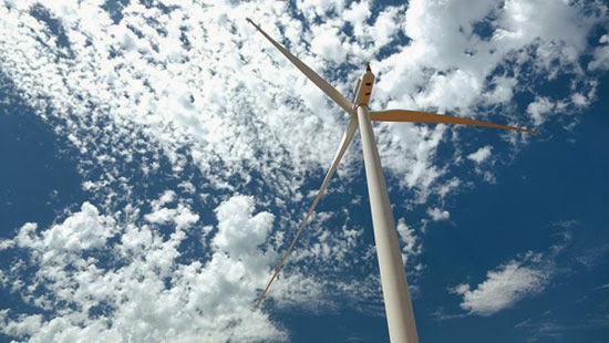 photo of wind turbine in jeffreys bay south africa