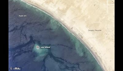 LA ISLA SURGIDA DEL TERREMOTO DE PAKISTAN MIDE MAS DE 22 MIL KILOMETROS