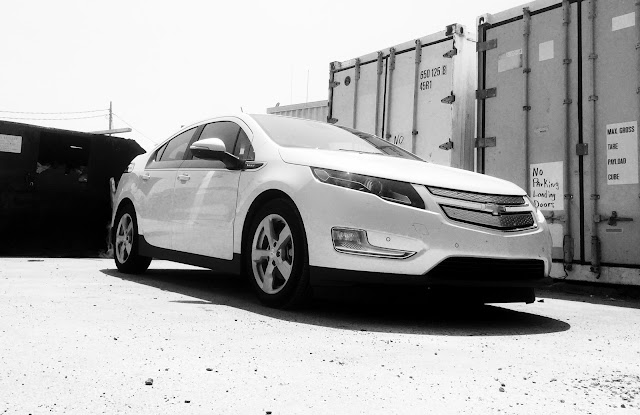 2015 Chevrolet Volt white