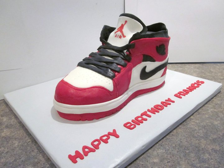 Nike Shoes Cake Design : My cakes and treats: 3-D Cakes