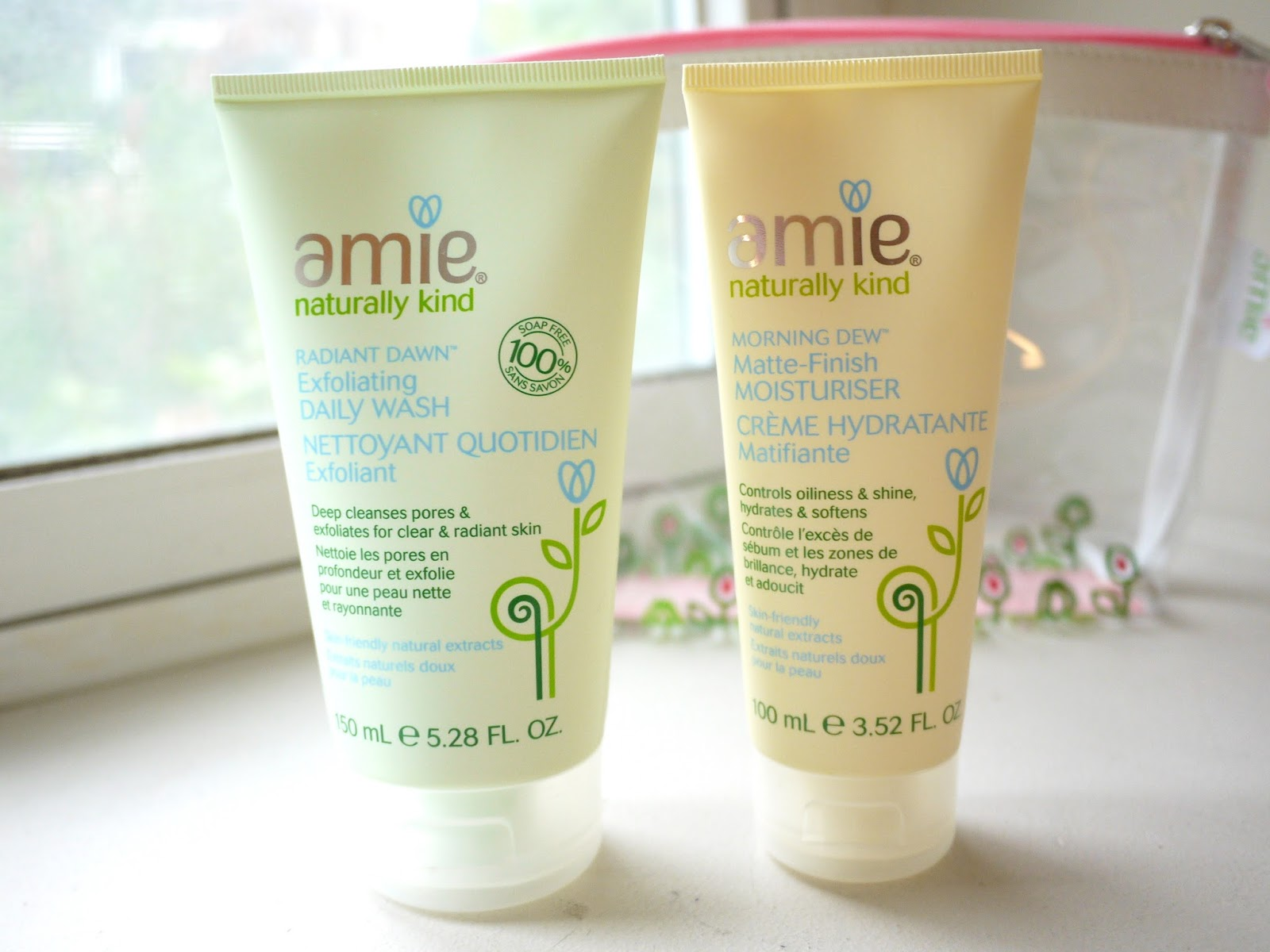 amie naturally kind skincare review exfoliating daily ash matte finihs moisturizer