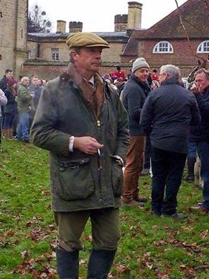 nigel farage at boxing day hunt