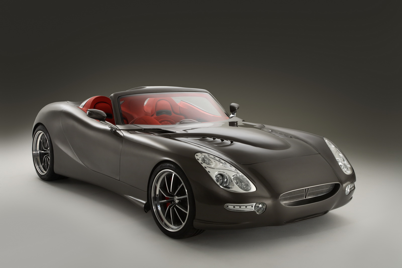 All New Ground Breaking British Sports Car The Trident Iceni