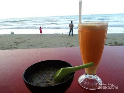 Menikmati Sunset Di Pantai Sigli, Aceh