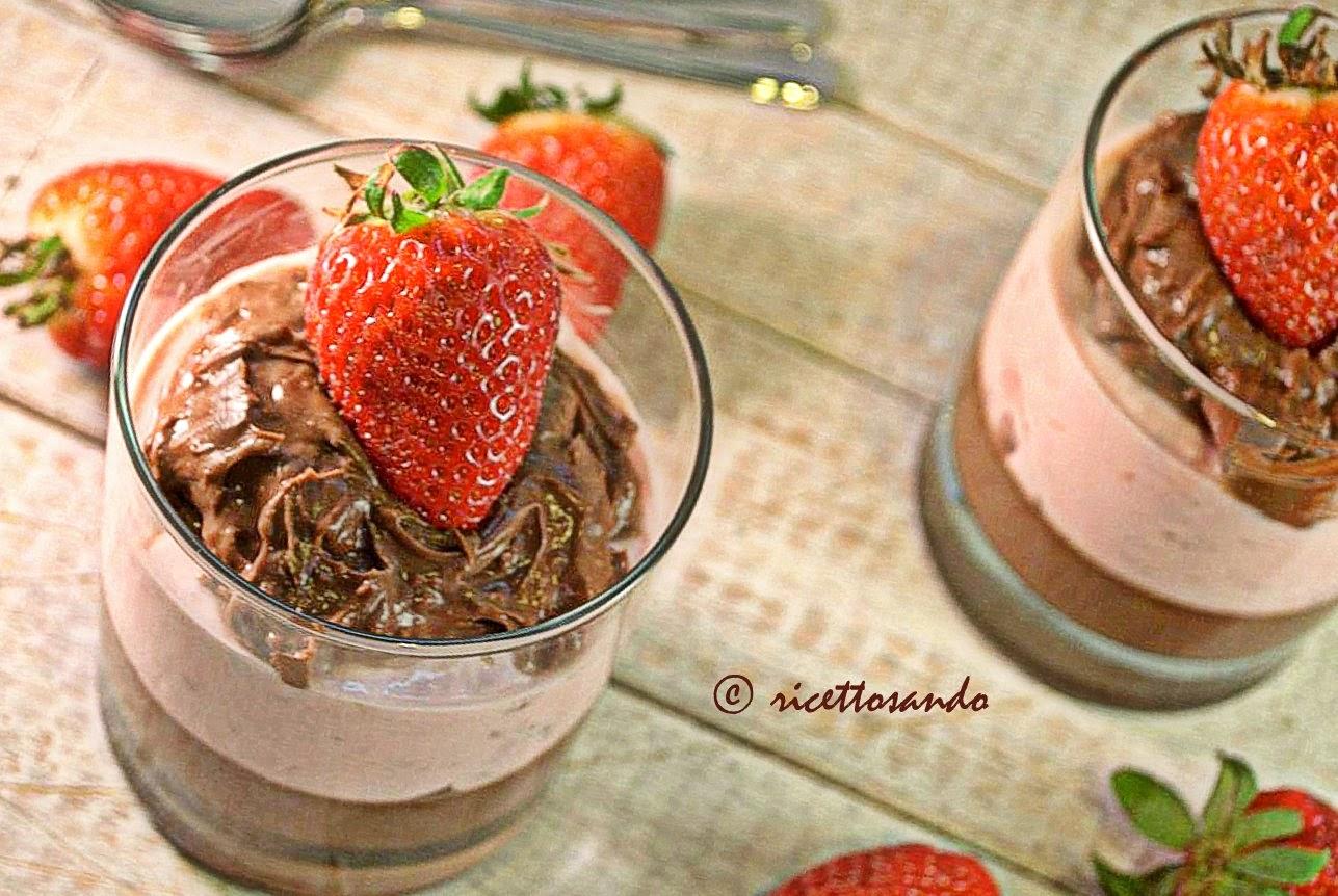 Tumbler di cioccolato mascarpone e fragole ricetta dessert dolce