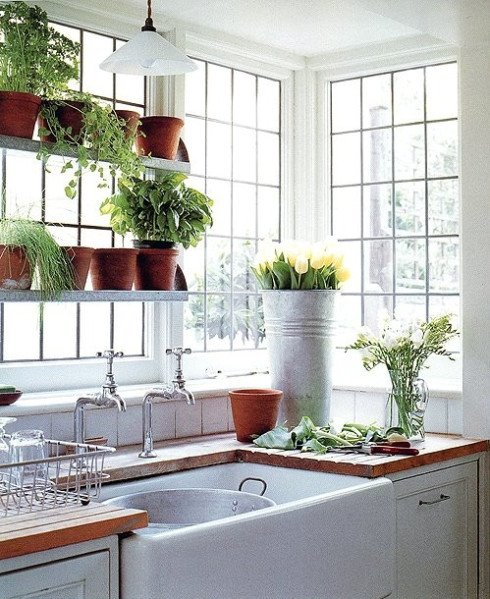 Farmhouse kitchen with corner windows content in a cottage for Kitchen garden decoration