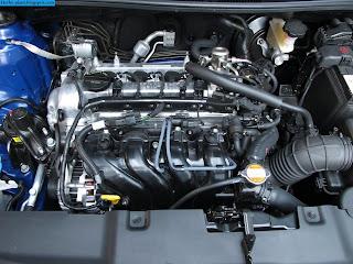 Hyundai accent car 2012 engine - صور محرك سيارة هيونداى اكسنت 2012