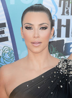 invisible hairstyle kim kardashian -32