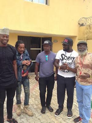 Warri  Billionaire Ayiri Emami visits Majek Fashek in Rehab.