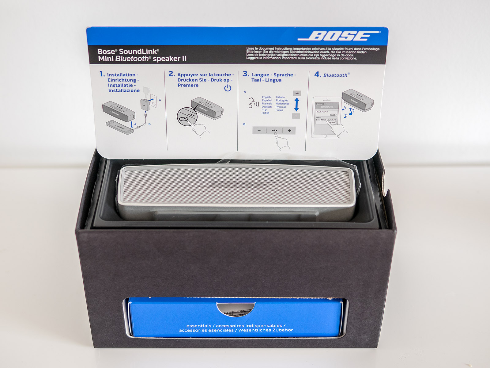 Oluvs Gadgets Review Bose Soundlink Mini Ii Lots Of Bluetooth Speaker The Comes Within A Slightly Shorter Box Than Original Had Hidden Extra Compartment At One