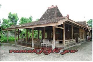 Rumah Adat Joglo yang bisa di temui di sekitar Jawa Timur, Jawa Tengah, dan Yogyakarta