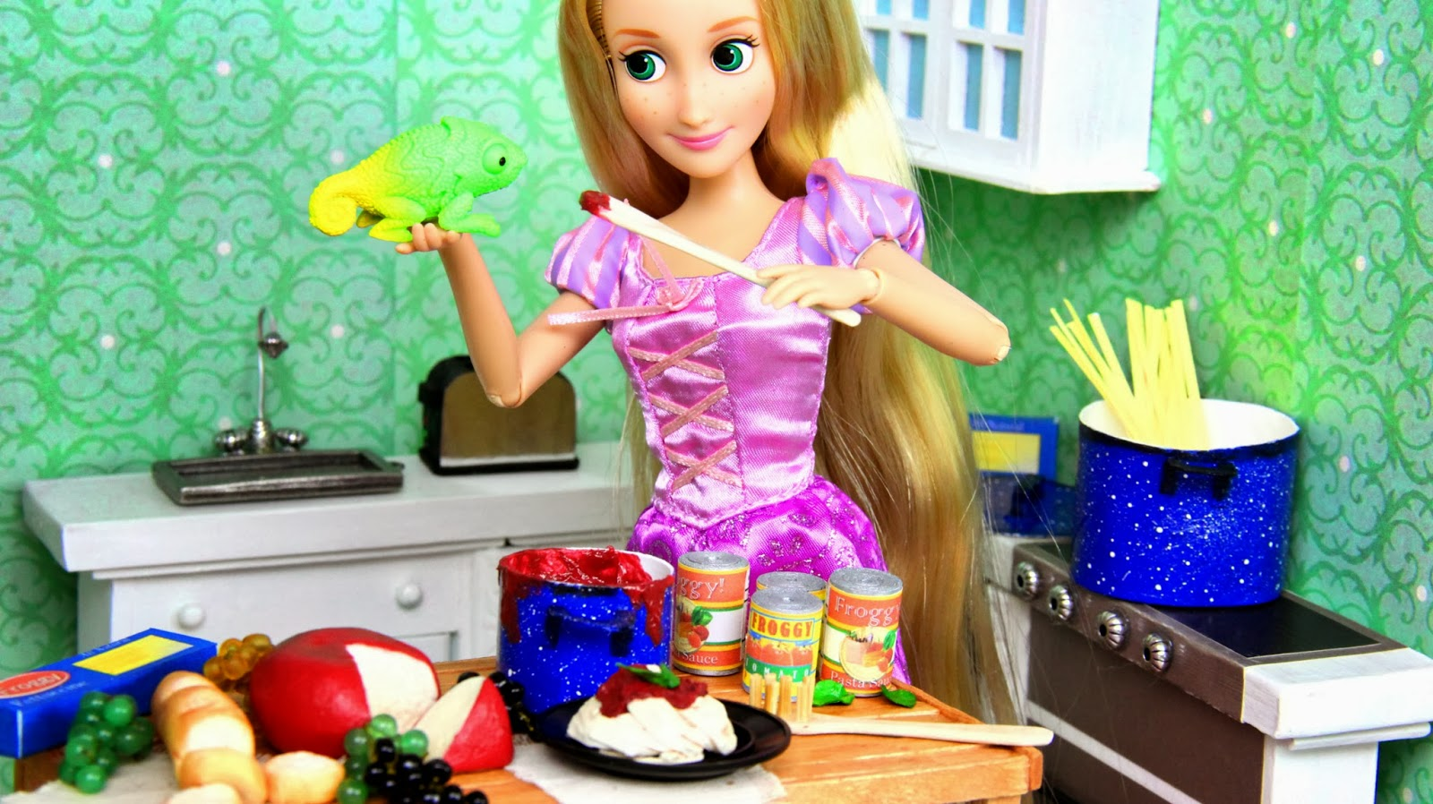My froggy stuff let 39 s eat how to make doll food pasta for American cuisine movie online